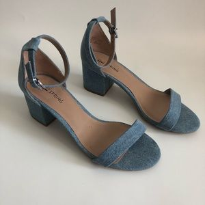 Denim sandal with 1 inch heel.